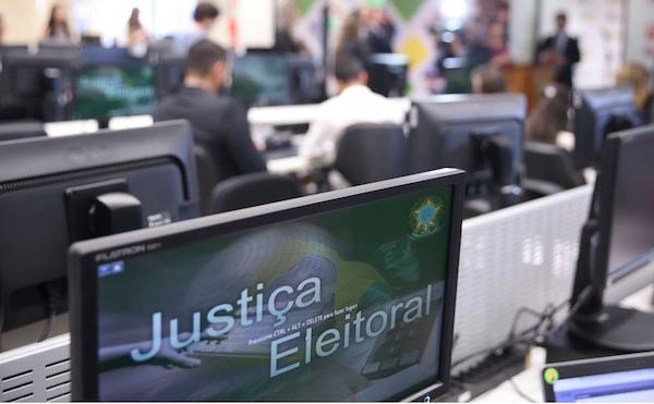 Jurídico do Sindicato avalia que os domingos de eleições são feriados e devem ser remunerados