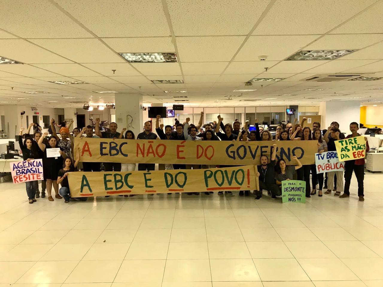 Trabalhadores da EBC mantêm estado de greve e divulgam carta pública
